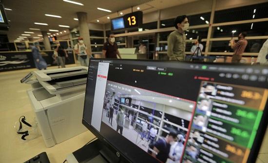مصدر:  فرض إجراءات مشددة في المطارات لمنع انتشار فيروس كورونا