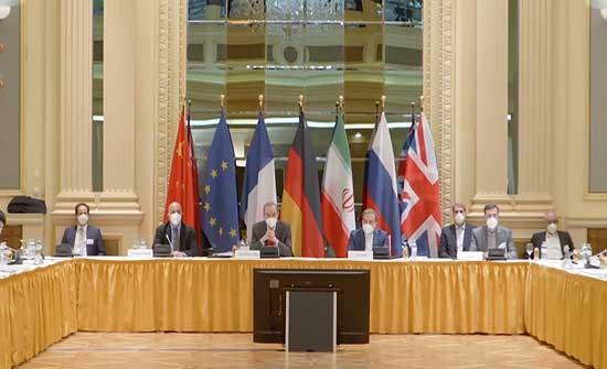 النووي الإيراني.. اختتام الجولة الخامسة لمفاوضات فيينا وروحاني يؤكد حل الملفات الأساسية مع واشنطن