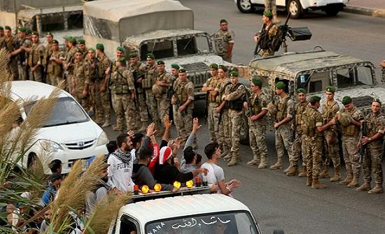 لبنان.. الجيش يطلب الطرقات لإعادة الحياة إلى طبيعتها