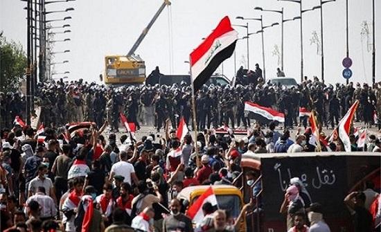 مسيرات كبيرة في شوارع بغداد لطلبة الجامعات تأييداً للإحتجاجات