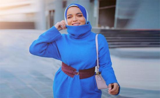 ملابس شتوية للمحجبات للجامعة بأسلوب سحر فؤاد