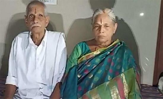 بالفيديو: سبعينية تلد توأمًا في الهند بعد 54 عامًا من العقم