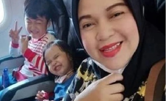 وداعا.. الرسالة الأخيرة لأم وأطفالها قبل سقوط الطائرة الإندونيسية في البحر .. صور