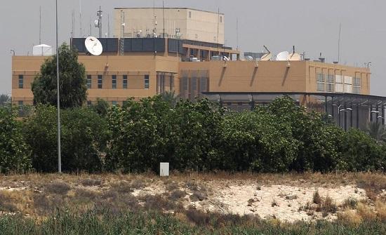 سقوط 4 صواريخ قرب السفارة الأميركية في بغداد