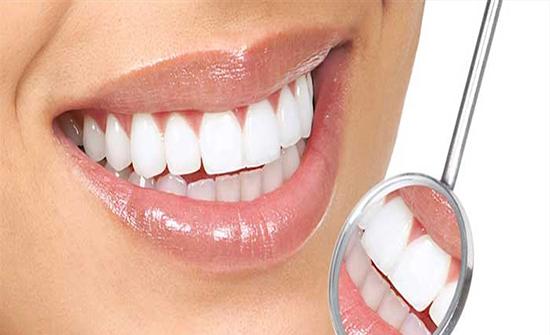 لحماية أسنانكم من التسوّس.. إليكم هذه النصائح الذهبية!