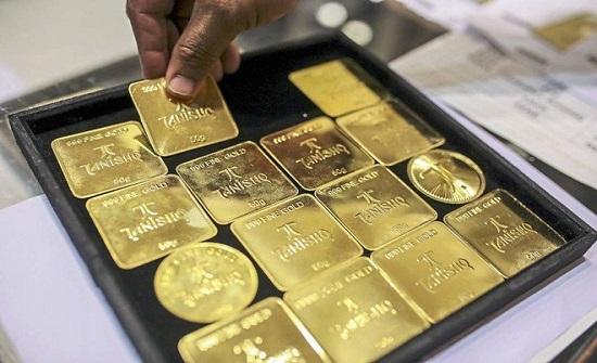 تغير طفيف في الذهب مع قرب موعد نهائي لتطبيق رسوم جمركية أمريكية