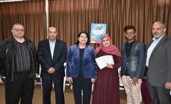 نادي الطلبة العرب والأجانب في اليرموك يكرم العاملات في الجامعة