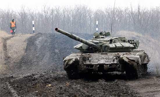 الأزمة الأوكرانية.. الاتحاد الأوروبي يطالب روسيا مجددا بسحب قواتها من الحدود