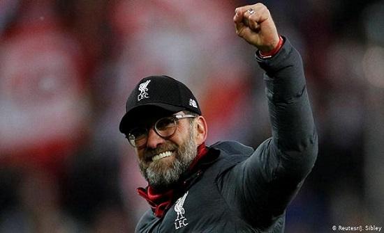 رسميًا.. كلوب يجدد عقده مع ليفربول