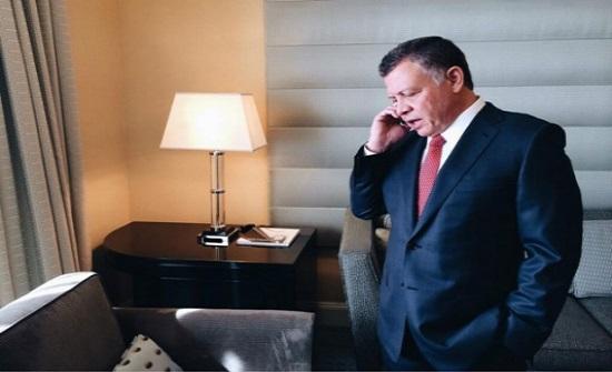 الملك يؤكد لعباس وقوف الأردن مع فلسطين في مكافحة كورونا