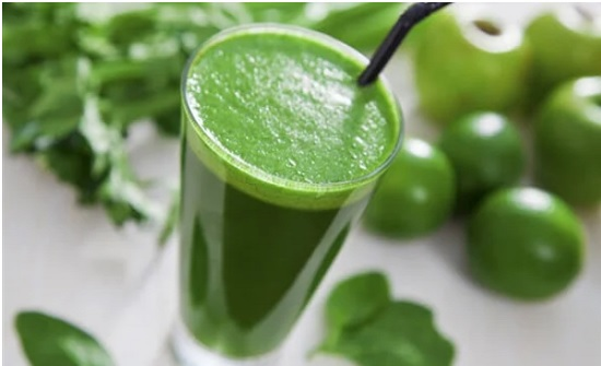 العصير الأخضر مشروب خارق للتنحيف وتنظيف الجسم