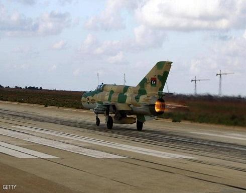 الجيش الليبي يدمر مواقع تخزين الطائرات التركية بمصراتة