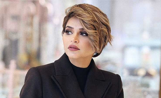 نهى نبيل: انا المؤثرة رقم واحد في مجال الموضة في العالم العربي (فيديو)