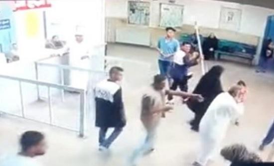 بالفيديو .. بعد سنوات ثأر لوالده داخل مستشفى حكومي