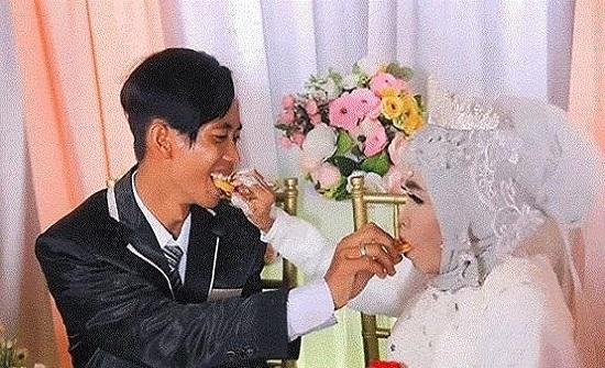 إندونيسية تتزوج ولدها بالتبني