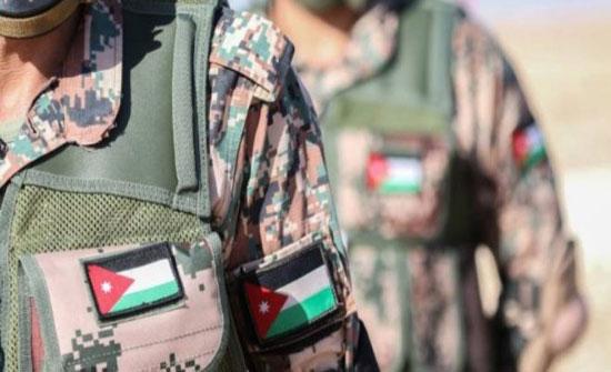 الجيش: القبض على شخص حاول التسلل إلى سوريا