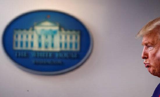 البيت الأبيض ينشر توقعات صادمة بشأن عدد ضحايا كورونا.. وترامب: أيام صعبة تنتظرنا