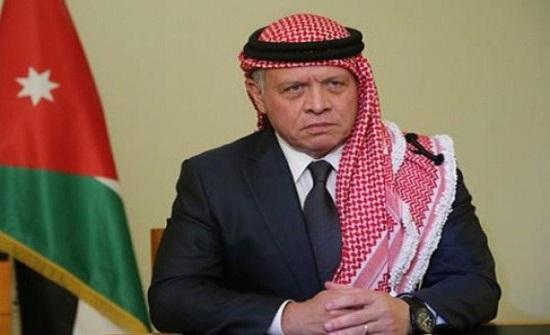 الملك عبدالله والامير حسين يقدمان العزاء للمصري