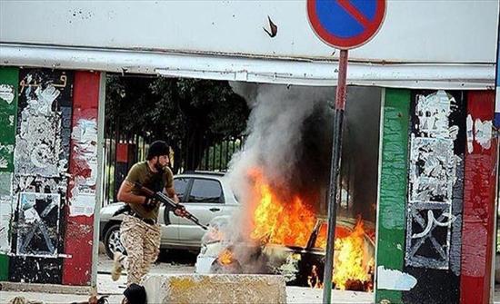 قوات الوفاق الليبية تهاجم مطار طرابلس من ثلاثة محاور