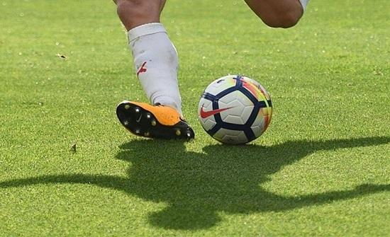 تسجيل إصابات جديدة بكورونا بين اللاعبين في الدوري الإنجليزي