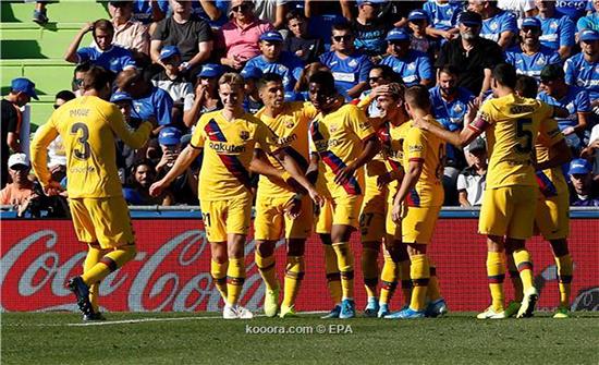 بالصور: برشلونة يكسر اللعنة بفوز أول خارج الديار