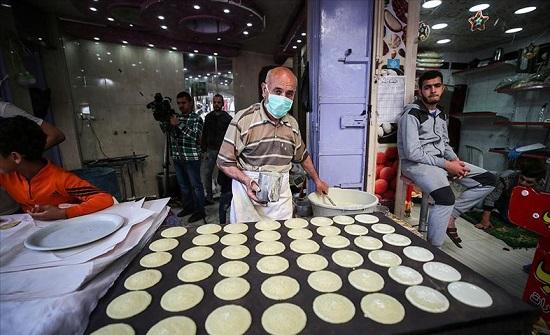 """مهن رمضانية في غزة... كورونا """"زاد الطين بلة"""" (تقرير)"""
