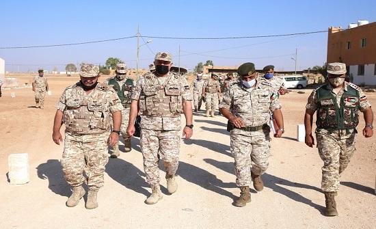 رئيس هيئة الأركان المشتركة يزور المنطقة العسكرية الشرقية