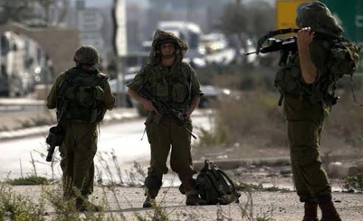 الجيش الاسرائيلي يقوم بأعمال تفتيش قرب الخط التقني الحدودي مع لبنان