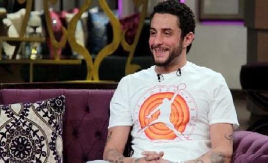 أحمد الفيشاوي يطوي خلافاته مع عمرو أديب