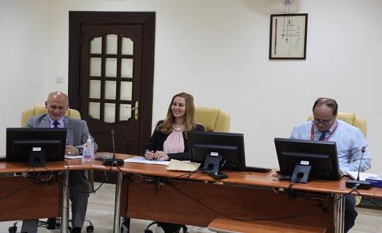 جامعة إربد الأهلية تشارك في لقاء تقييم الجامعات المشاركة لمشروع العلاج بالفن
