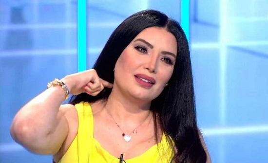 """شاهد.. عبير صبري تعترف بخوفها الشديد من زوجها: """"مسيطر وعصبي ومتحكم""""!"""
