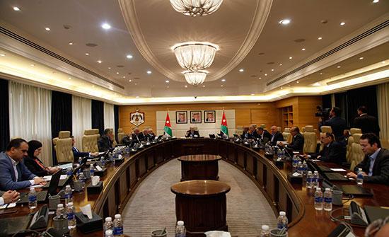 مصدر : قضية المعلمين لم تدرج على جدول اجتماع مجلس الوزراء  اليوم