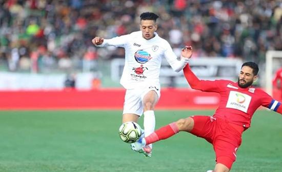 بالفيديو : فريق بالدرجة الثانية يخلق المفاجأة ويُتوج بكأس المغرب