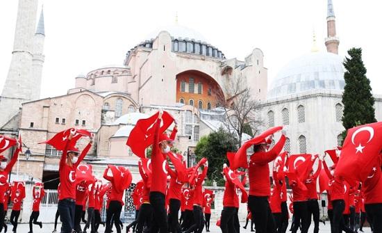صور : تركيا تحيي الذكري الرابعة لفشل الانقلاب