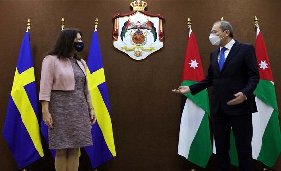 الصفدي يلتقي وزيرة الخارجية السويدية