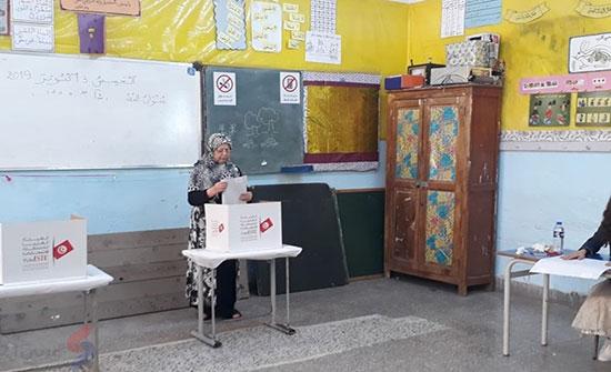 """""""النهضة"""" و""""قلب تونس"""" تتحدثان عن تجاوزات في انتخابات تونس"""
