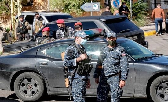 انفلات أمني داخل محطات وقود بلبنان وسقوط 12 جريحا (شاهد)