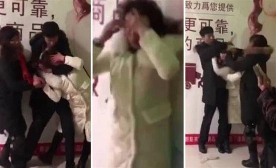 صور  مصارعة بين رجل وزوجته وحماته بعد القبض عليه مع عشيقته!