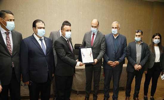النفط مقابل الخدمات الطبية.. اتفاق جديد بين العراق ولبنان