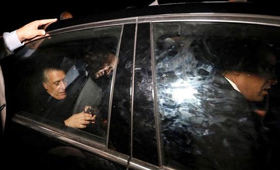 بالفيديو : تونس.. لحظة خروج نبيل القروي من السجن