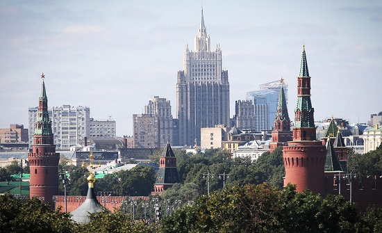 الخارجية الروسية: واشنطن تلتزم الصمت بشأن خططها لنشر أسلحة نووية جديدة