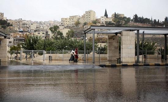 مستشار جوي يتوقع أن يكون هطل الأمطار الموسم المقبل دون المعدل