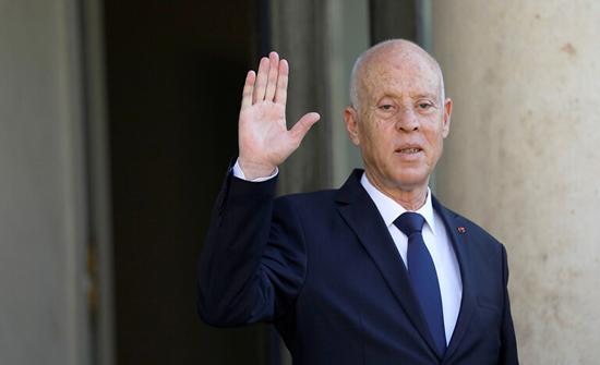 الرئيس التونسي يصدر عفوا خاصا بحق 919 سجينا
