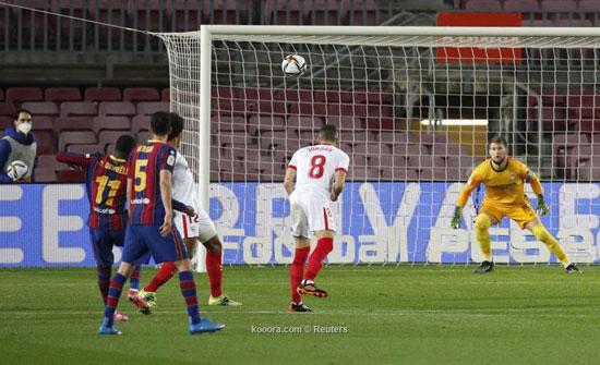 برشلونة يصنع الريمونتادا ويتأهل لنهائي كأس الملك.. صور