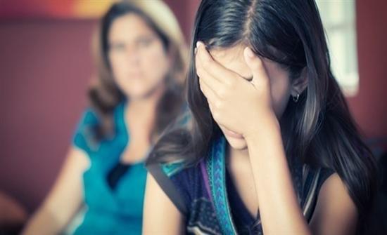 طرق لتساعد طفلك على تخطي العقبات النفسية  منها الصداقة