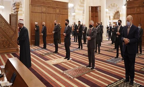 الملك وولي العهد يشاركان المصلين أداء صلاة عيد الأضحى المبارك