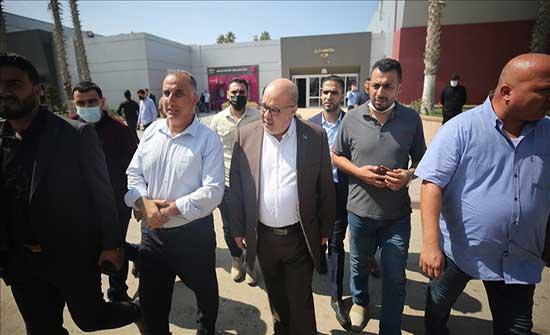 """برئاسة """"السنوار"""".. وفد من """"حماس"""" يغادر غزة باتجاه القاهرة"""