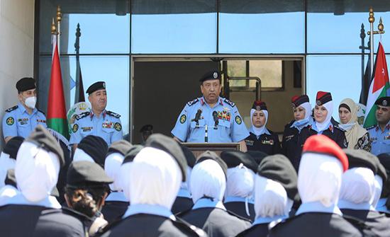 صور : مدير الأمن العام يزور إدارة مكافحة المخدرات والشرطة النسائية