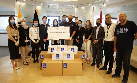 وكالة التعاون الدولي الكورية تتبرع بمعدات طبية لمخيمات اللجوء والمجتمعات المحلية بالأردن