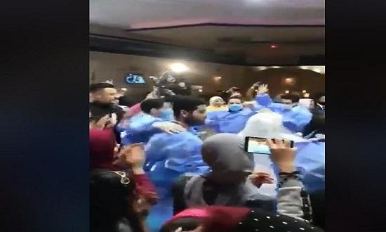 حفل زفاف في مصر يسخر من كورونا..فيديو